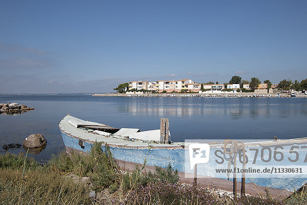 lake in Languedoc-Roussillon