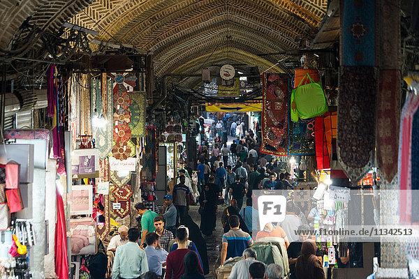 Crowds at entrance of main Tehran Bazaar  Tehran  Iran  Middle East