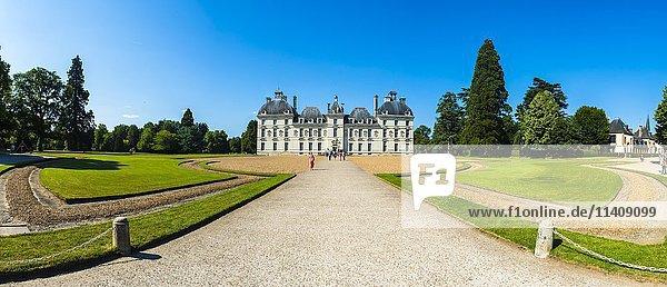 Loireschloss Cheverny  Département Loir-et-Cher  Frankreich  Europa