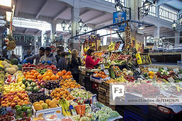 Piazza dell'Unita Market  Rome  Italy