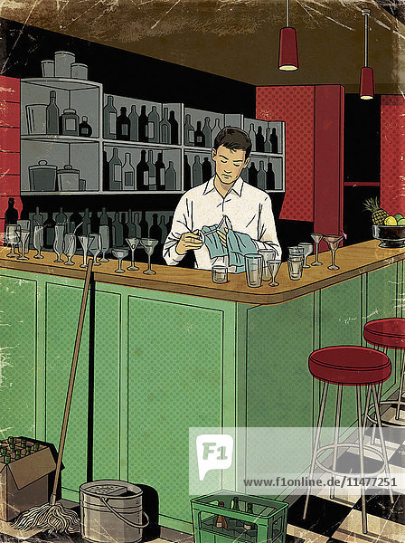 Barkeeper säubert Gläser nach Feierabend