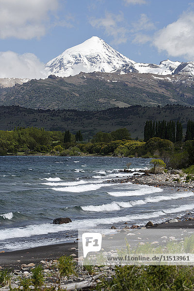 Lanin volcano and Lago Huechulafquen  Lanin National Park  near Junin de los Andes  The Lake District  Argentina  South America