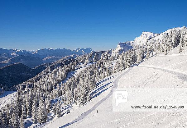 Deutschland  Oberbayern  Lenggries  Skigebiet Brauneck