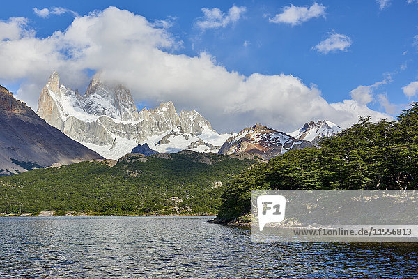 Capri Lagoon with Monte Fitz Roy in the background  Patagonia  Argentina  South America