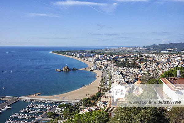 Spanien  Katalonien  Blanes  Kurort am Mittelmeer  Blick von oben
