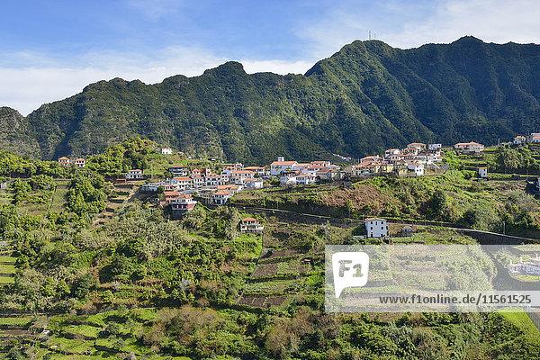 Portugal  Madeira  Bergdörfer an der Nordküste