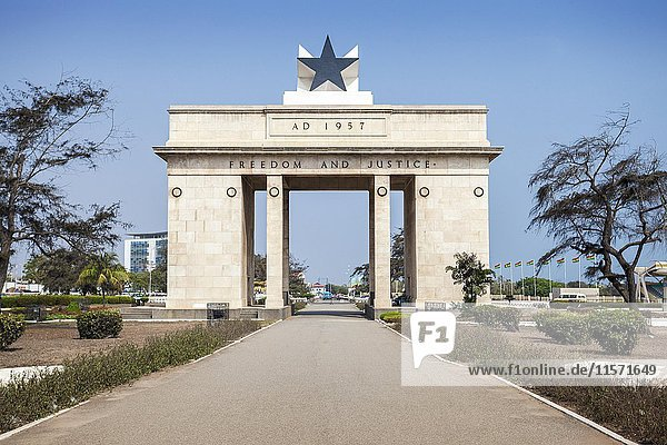Independence Arch  freedom and justice  Accra  Ghana  Africa