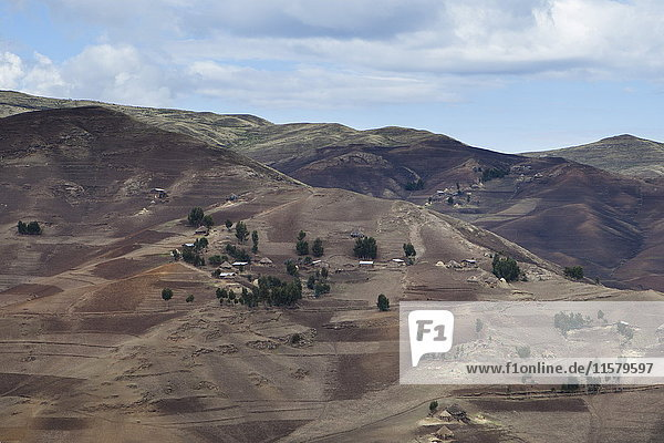Äthiopien  Landschaft und Felder im Simiengebirge