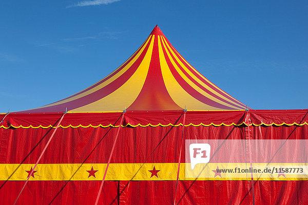 Zirkus-Zelt