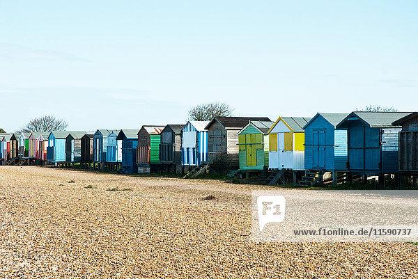 Strandhütten in Folge  Whitstable  Kent  England  UK