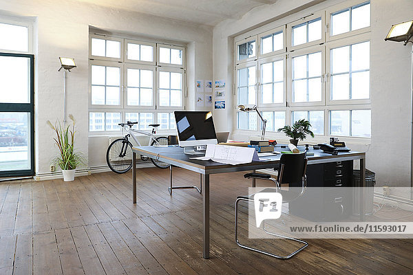 Interieur eines modernen informellen Büros