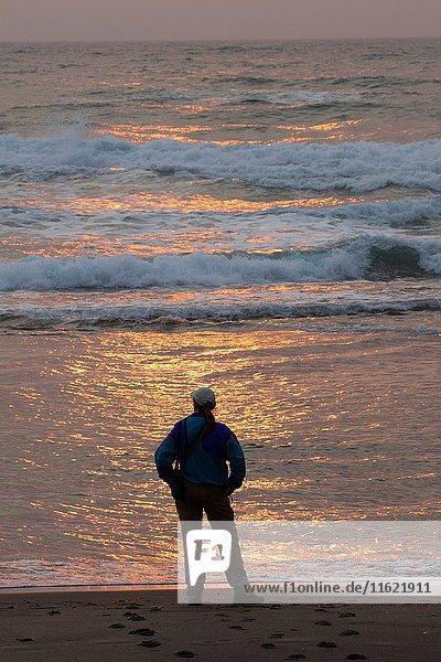 Sunset at Kiwanda Beach  Neskowin Beach State Park  Oregon.