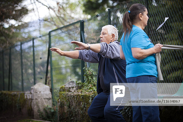Reportage on support care provided in a Savoie hospital oncology service in France. Adapted physical activity that is offered to cancer patients enables them to fight fatigue  enjoy movement again and lessens the risk of a relapse.
