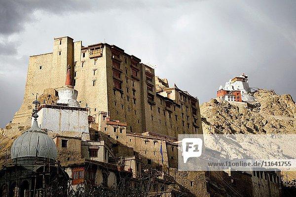 India  Jammu and Kashmir State  Himalaya  Ladakh  Indus valley  Leh  Leh palace and the Buddhist monastery of Namgyal Tsemo