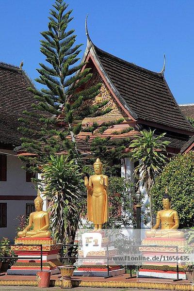 Laos  Luang Prabang  Wat Mai Suwannaphumaham  buddhist temple  Buddha statues .
