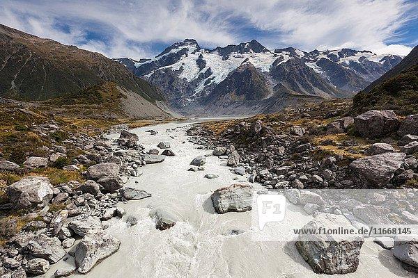 New Zealand  South Island  Canterbury  Aoraki-Mt. Cook National Park  Hooker Valley hike.