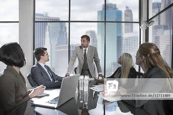 Treffen im Stadtbüro