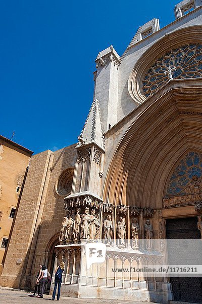 Upward angled view of the exterior of Tarragona Cathedral  Tarragona  Catalonia  Spain. The cathedral is situated in the old town of Tarragona at the city's highest point and was constructed in the 14th Century.