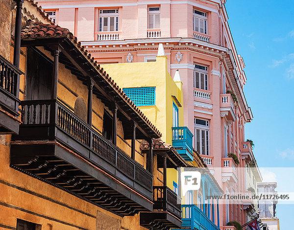 Cuba  Havana  Town houses
