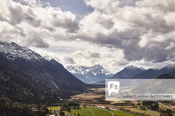 Mountain view  Garmisch-Partenkirchen  Bavaria  Germany