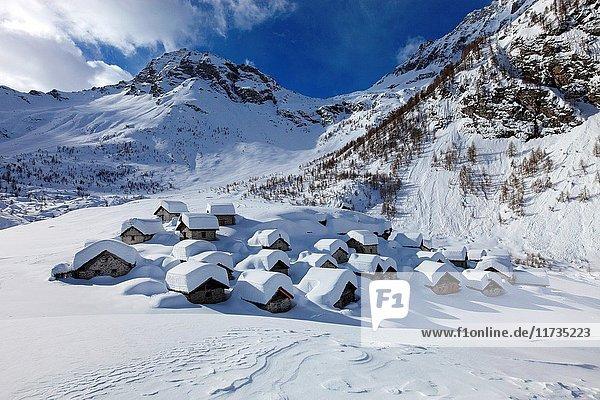 Alpe Lendine village in winter  Valle Spluga  Province of Sondrio  Lombardia  Italy.