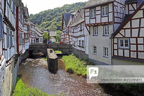 Half-timbered Houses in Monreal on River Elz  Eifel  Rhineland-Palatinate  Germany  Europe