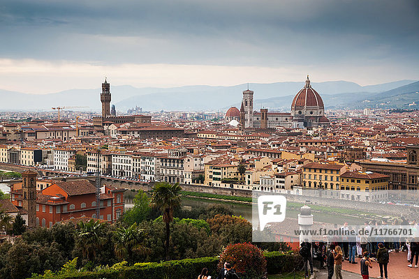 Florence panorama from Piazzale Michelangelo with Ponte Vecchio and Duomo  Florence  UNESCO World Heritage Site  Tuscany  Italy  Europe