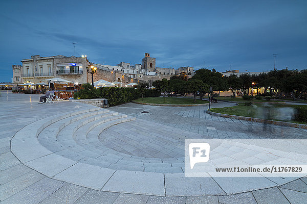 Dusk lights on the medieval fortress and squares of the old town  Otranto  Province of Lecce  Apulia  Italy  Europe