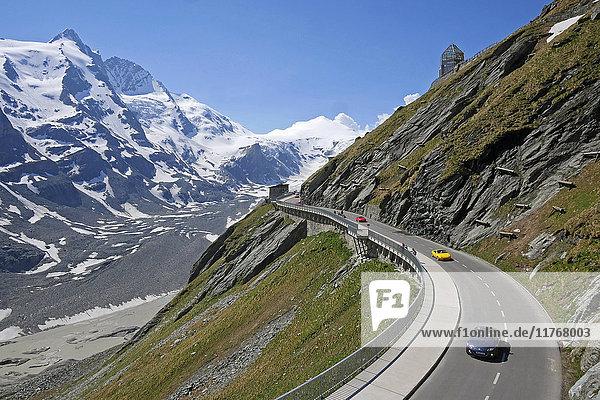 Grossglockner High Alpine Road at Emperor Franz Joseph Height (Kaiser-Franz-Josefs Hohe)  2369m  with Grossglockner Mountain  3798m  Carinthia  Austria  Europe