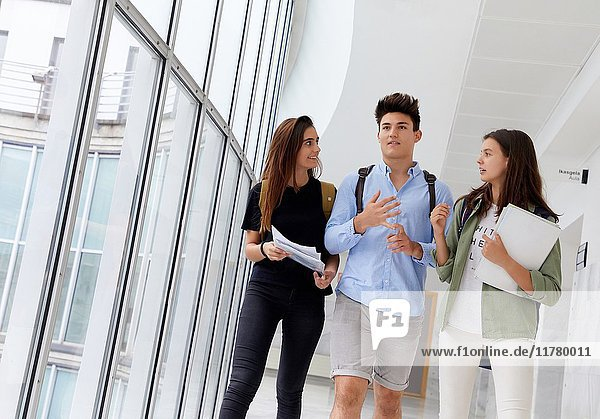 Students. College. School of Business Studies. University. Donostia. San Sebastian. Gipuzkoa. Basque Country. Spain