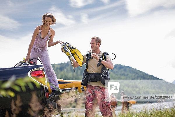 Paar auf einer Tauchreise