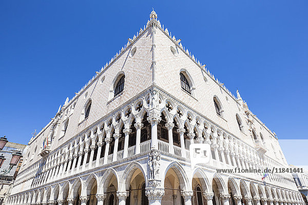 Palazzo Ducale  (Doges Palace)  Piazzetta  Piazza San Marco (St. Marks Square)  Venice  UNESCO World Heritage Site  Veneto  Italy  Europe