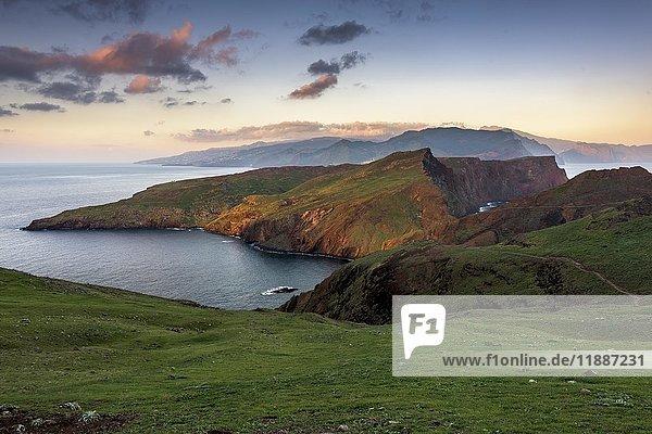 Halbinsel San Laurenzo bei Sonnenaufgang  San Laurenzo  Madeira  Portugal  Europa