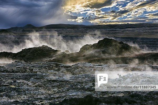 Vulkan Leirhnjúkur  Krafla Vulkangebiet  Reykjahlíð  Mývatni  Island  Europa