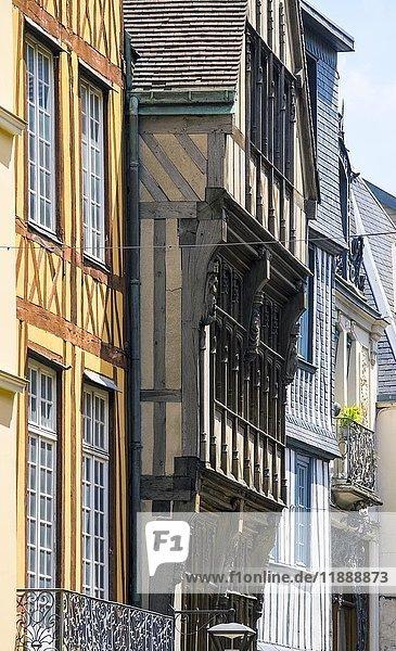 Fachwerkhäuser in der Altstadt  Rouen  Normandie  Frankreich  Europa