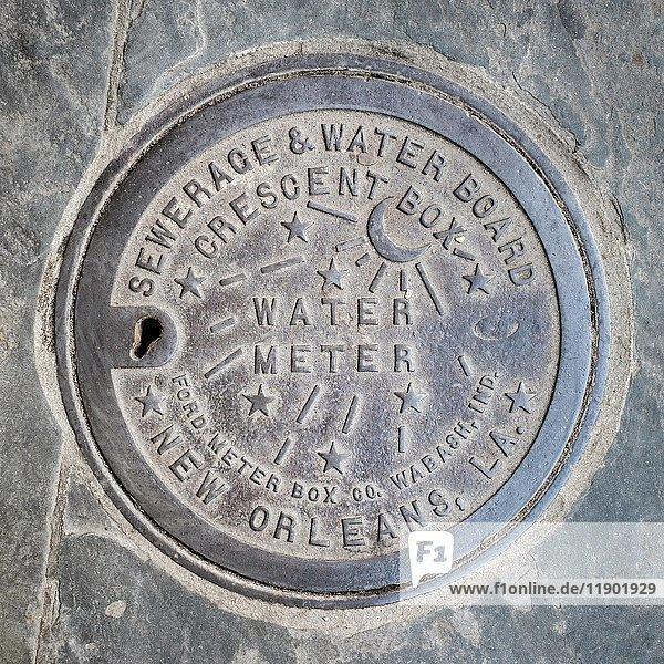 Vintage Wasserzählerabdeckung  French Quarter  New Orleans  Louisiana  USA  Nordamerika