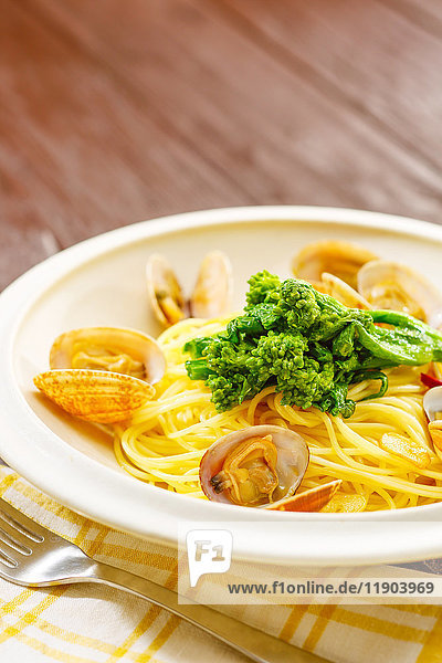 Pasta with vongole clams