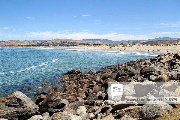 Morro Rock Beach  Morro Bay  San Luis Obispo County  California  United States  North America.