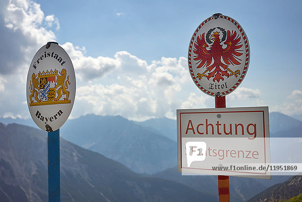 Alpen  Karwendel  Grenze von Deutschland zu Österreich