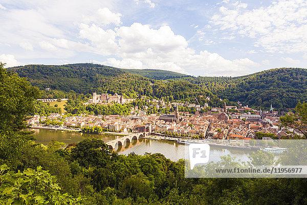 Deutschland  Heidelberg  Blick von oben auf die Altstadt