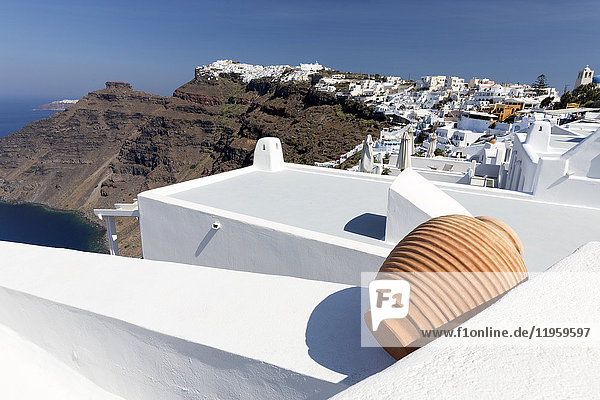 View towards Imerovigli and Oia from Firostefani showing villages clinging to cliffs  Santorini  Cyclades  Greek Islands  Greece  Europe