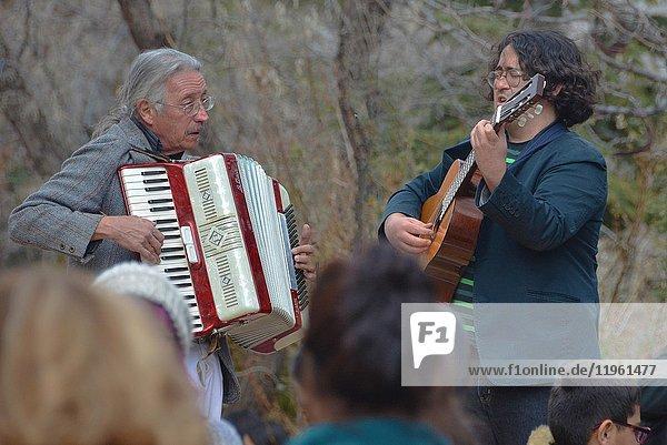 Musicians play spontaneously. New Mexico  USA.