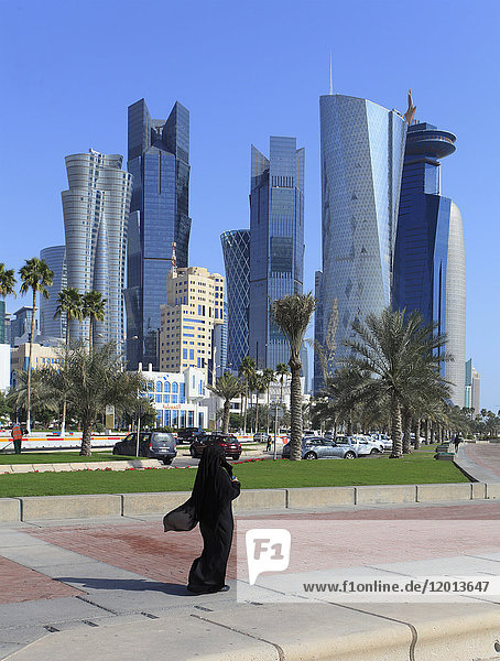 Qatar  Doha  West Bay  business district  skyline  Al Corniche