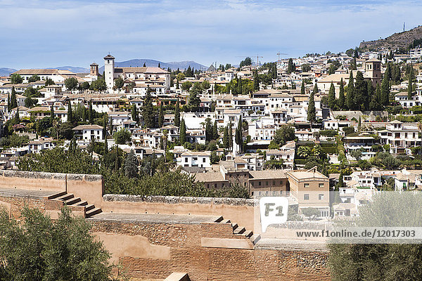 Overview on the city of Grenada (Granada) seen from the Alhambra  Grenada  Andalusia  Spain