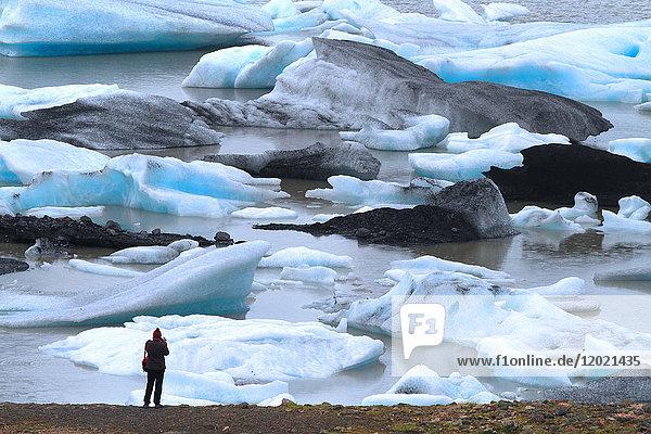 Iceland  Sudurland. Fjallsarlon lagoon