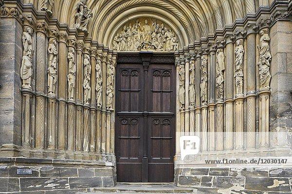 Seitenportal  Dom  Bamberg  Bayern  Deutschland  Europa