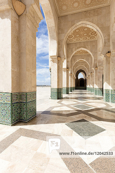 Arches and columns  part of the Hassan II Mosque (Grande Mosquee Hassan II)  Casablanca  Morocco  North Africa  Africa