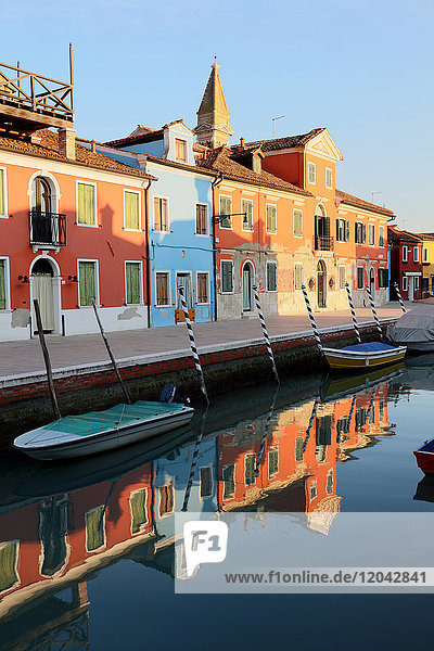 Colourful houses and reflections in canal  Island of Burano  Venice  UNESCO World Heritage Site  Veneto  Italy  Europe