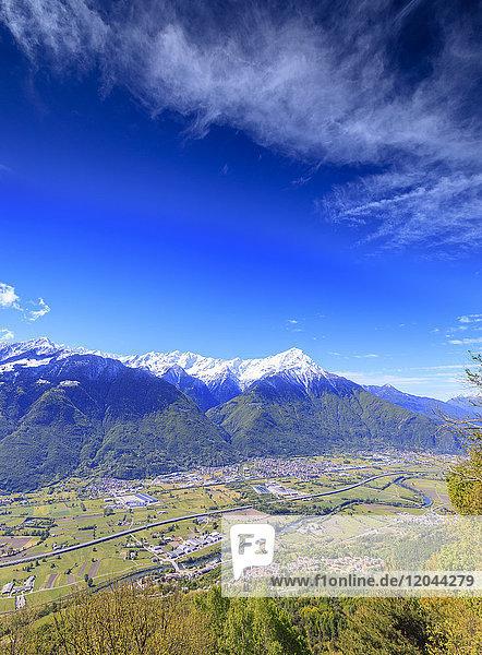Snowy peaks of Rhaetian Alps in spring seen from Prati Nestrelli  Civo  province of Sondrio  Valtellina  Lombardy  Italy  Europe