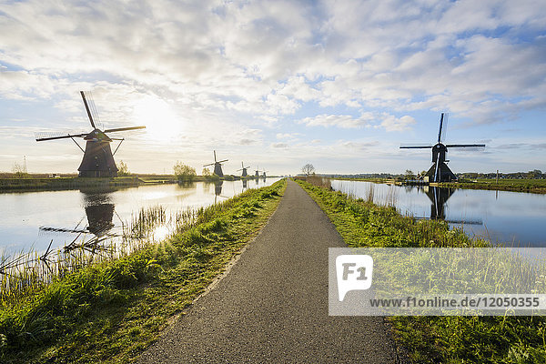 Dike Path with Windmills  Kinderdijk  South Holland  Netherlands